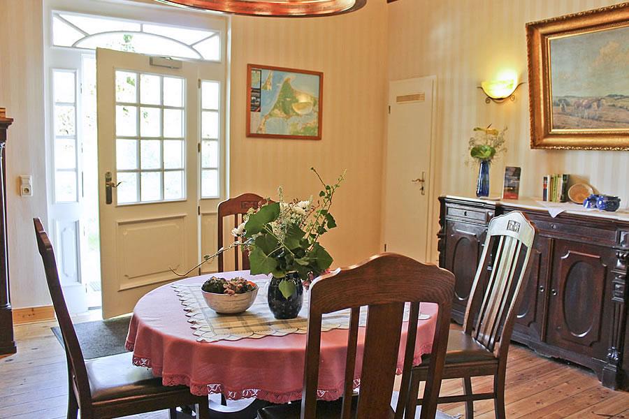 Gästehaus Bergfalke: Foyer zur Nordseite