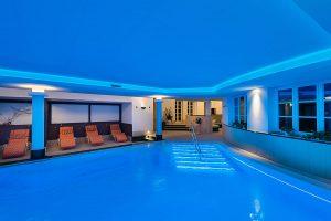 großes Schwimmbad, Hotel Fischerwiege