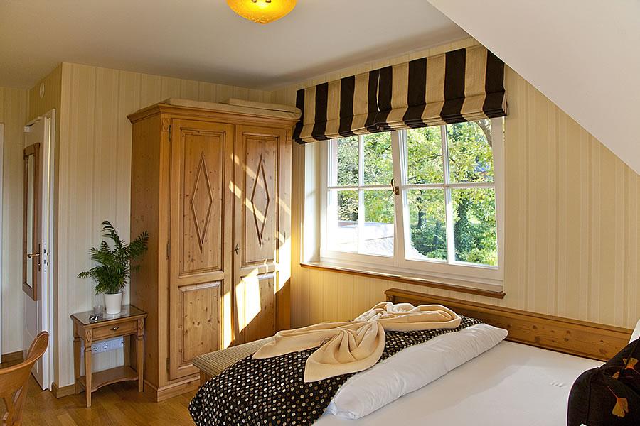 Schlafbereich, Einzelzimmer, Beispiel in Hotel Namenlos