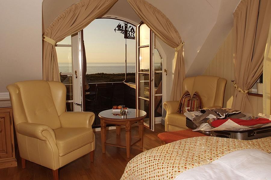 Doppelzimmer mit Meerblick, Haus Namenlos