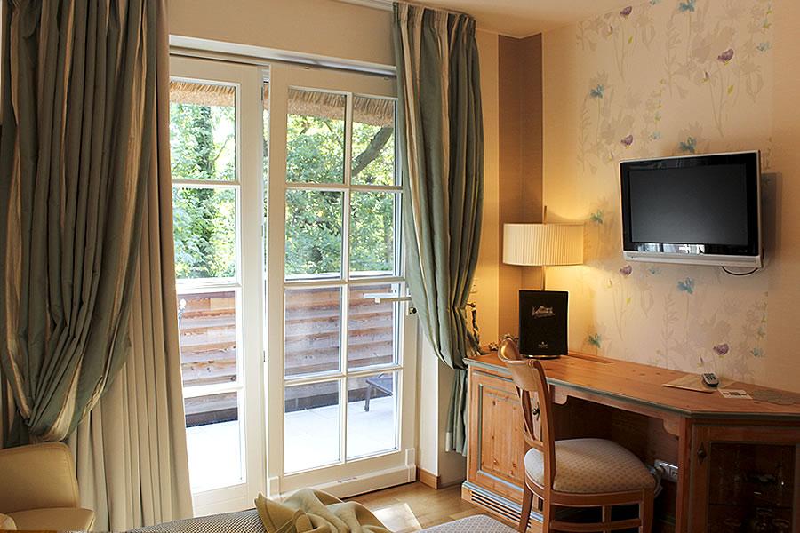 Schreibtisch, 1-Bett-Zimmer, Beispiel