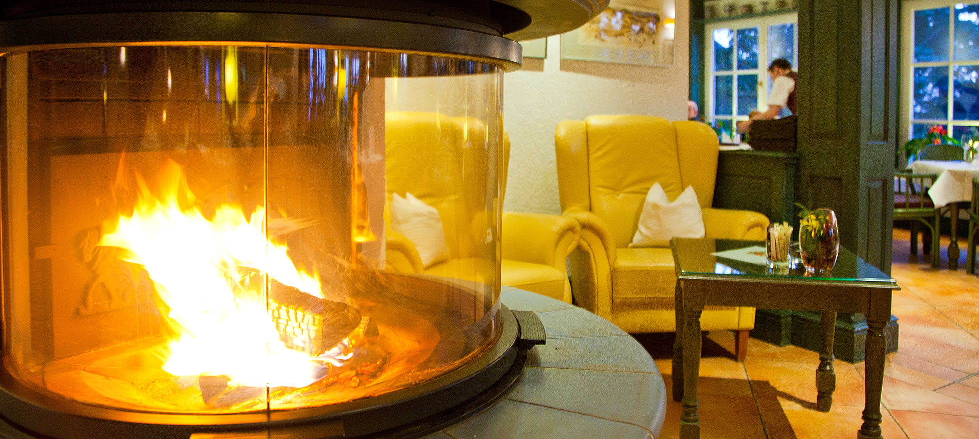 Kamin im Restaurant Café Namenlos