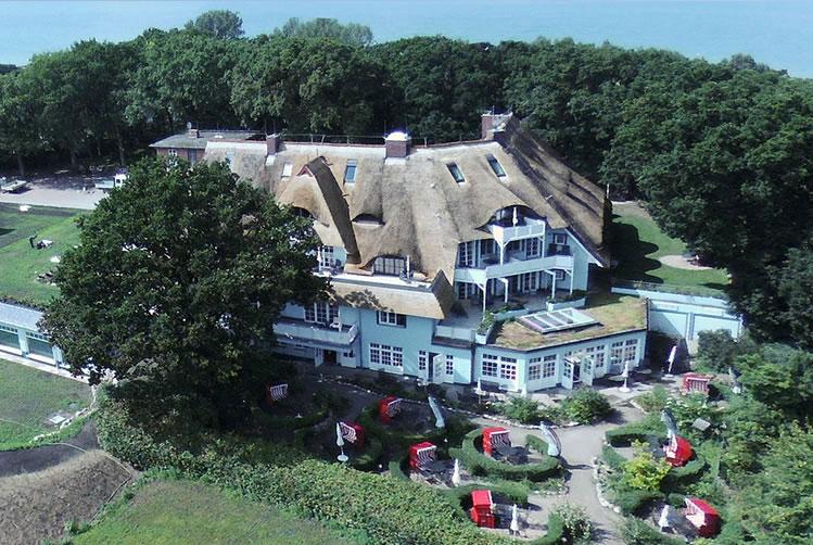 Haus Fischerwiege, Drohnenaufnahme, Blickrichtung Westen