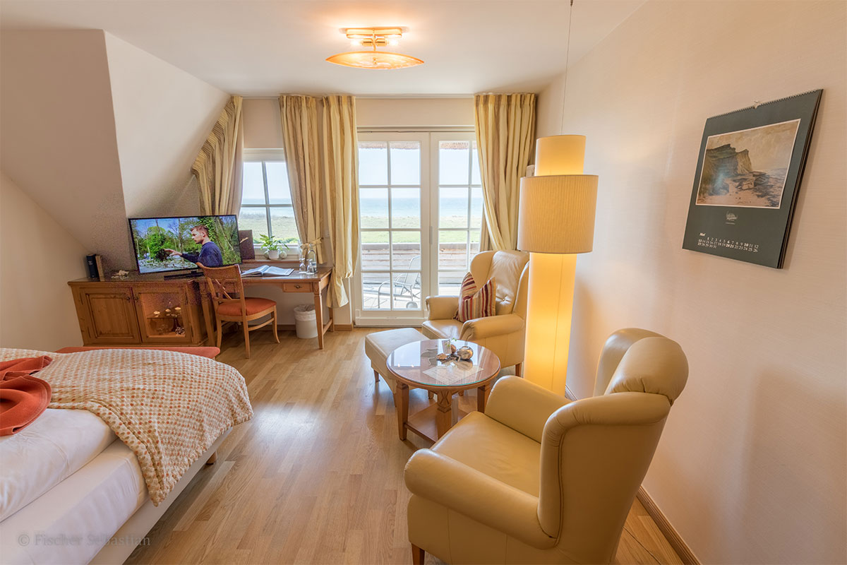 Doppelzimmer mit Seebalkon, Hotel Namenlos