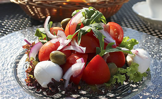 Barther Tomaten an Bueffelmozarella
